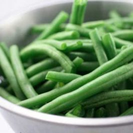 Perfectly Simple Garlic String Beans
